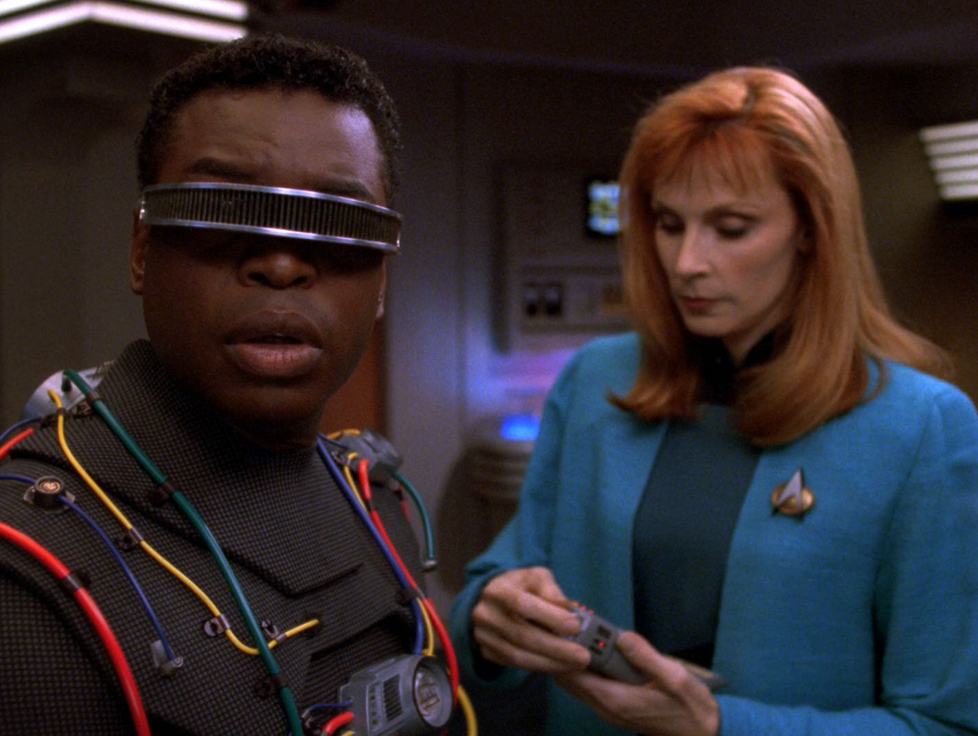 extant_StarTrekTNG_7x03-Interface_2572.jpg